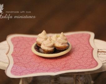 Miniature cakec Dollhouse miniatures 1:12. Пирожные. Кукольная миниатюра