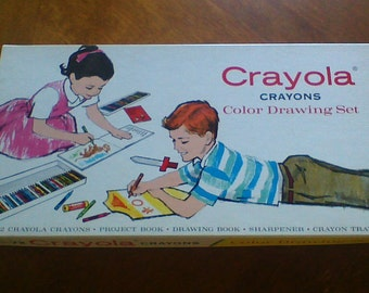 Vintage 1958 Crayola Crayons Color Drawing Set No. 72 100% Complete Retired