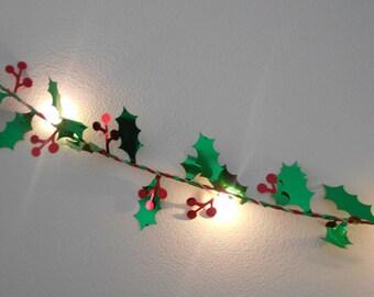 Holly Blatt Draht Girlande mit Mini-LED - 2m 3m 4m 5m Lichterketten / String Lights - Batterie Indoor Schlafzimmer Weihnachtsdekoration