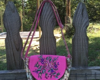 Aurora Crossbody Bag - Tender Roses