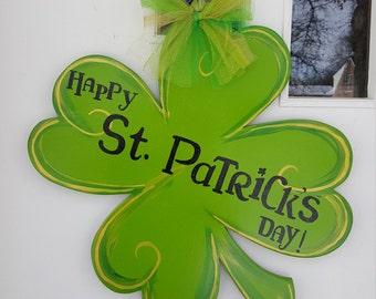 Large Shamrock 'Happy St. Patrick's Day' door hang