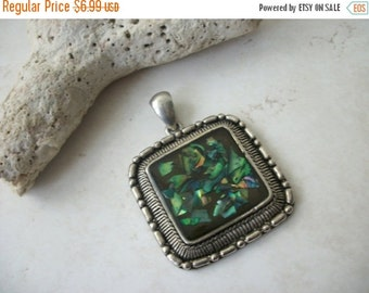 ON SALE Vintage Abalone Shell Pendant 1521