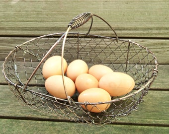 Chicken Wire Basket | Farmhouse Decor | Chicken Wire Decor | Storage Basket Supplies from The Tiny House Farm | Storage and Organization
