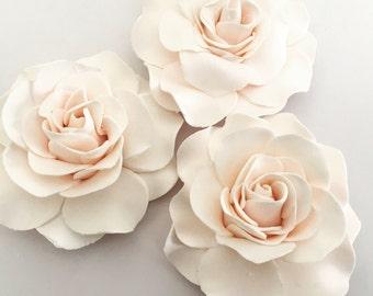 4 Fondant Roses III 4 Gumpaste Roses Edible Roses Edible Flowers Sugar Flowers Sugarpaste Flowers Cake Decorations Wedding Flowers Cake Top
