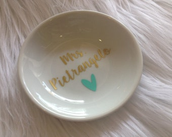 Personalized Ring Dish, Jewelry Holder, Jewelry Dish, Engagement Gift