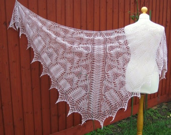 Handmade knitted lace light mauve colour merino wool shawl with beads