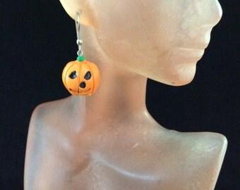 Vintage Halloween Pumpkin Pierced Dangle Earrings