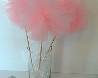 3 Tulle Pom Poms Party Centerpiece