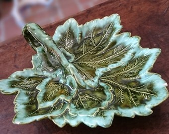 Vintage Majolica Style Leaf Dish/Holland Mold/Dark Green/Leaf/1961