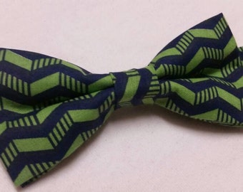 Mens Bowtie in Blue and Green