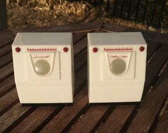 Westinghouse Washer and Dryer Salt and Pepper Shakers, Décor, Collectible Gift