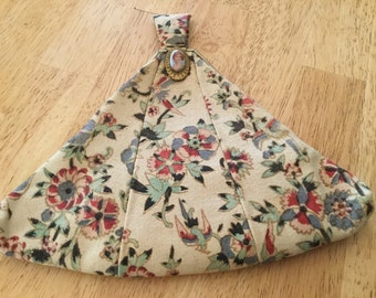 Vintage floral purse