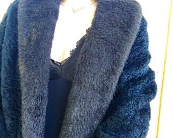 Vintage Black Faux Fur Coat!