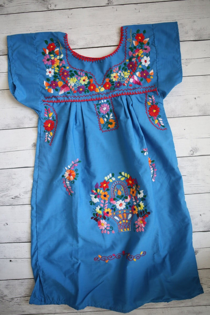 New Handmade Mexican Embroidered Dresses And Vintage Treasures From Aida