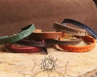 Bracelet designed fine leather