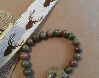 Neutral Green Cross Bracelet
