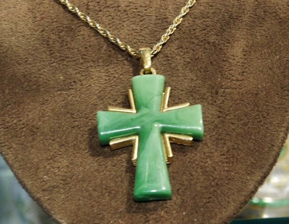 Crown Trifari Cross Necklace Pendant Green Thermoset Plastic 1970s 70s Designer Signed Trifari Jewelry Swirled Marbled Plastic