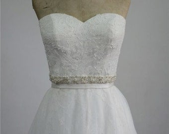 Delicate Bridal Wedding dress with detachable skirt