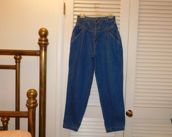 Vintage Womens Highwaist 80s 90s Mom Jeans Tapered Leg Pleated Front Tag Size 12 Waist Measures Almost 28 Inches Blue
