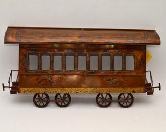 Handmade metal sculpture of a train wagon by Alfred Zunterstein (By Zunt)