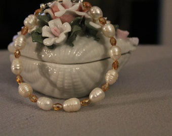 """Fresh water pearl with AB Australian Honey Crystal spacer beads 7.5"""""""