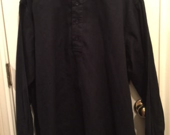 Men's black uncollared, size XL