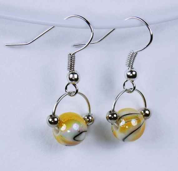 Earrings with yellow pearls on silver-colored earrings white yellow white pearl pendant earrings