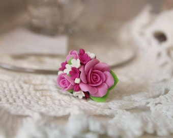 Polymer Clay ring, handmade Flowers jewelry, floral ring, flower ring, beautiful ring, polymer clay flowers, pink flowers