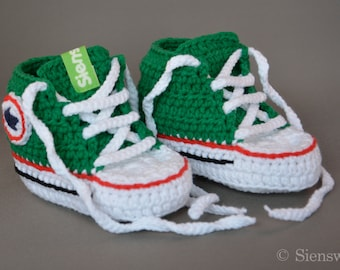 Green baby Converse-like sneakers, Crocheted baby booties, Handmade baby shoes, 3-9 months