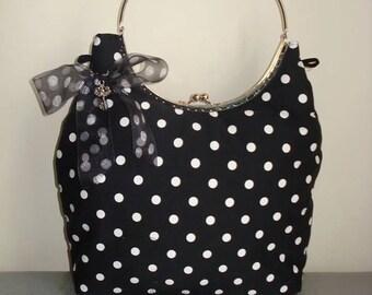 Bag polka dot pin-up