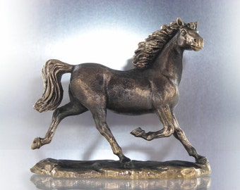 Horse . bronze . handmade. 70 mm. very high quality