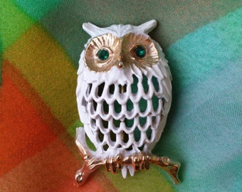 Beautiful Vintage White Owl Brooch with Green Rhinestones for eyes by Napier