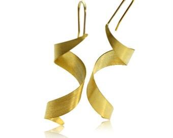 Twirl It - 18 kt Gold Earrings