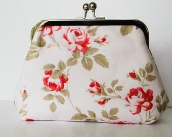Metal frame kiss lock purse floral roses pink