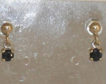 pair of earrings in Silver 925 and Sapphire