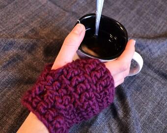 Chic and Soft FIngerless Mittens // Short Crochet Fingerless Gloves