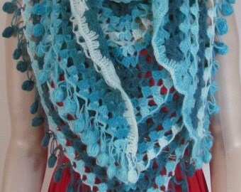 Colorful Crochet shawl, Winter Fashion Shawl, Chunky Shawl, Winter Trend, Womens Winter Shawl, 80