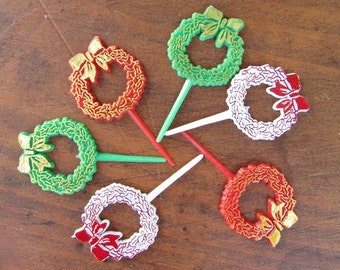 6 Holiday Wreath Picks Cupcake Toppers Vintage Christmas