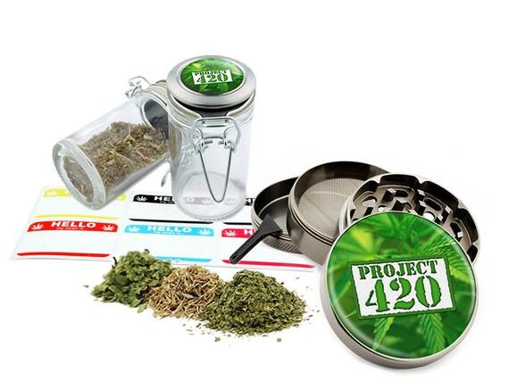 "Project - 2.5"" Zinc Alloy Grinder & 75ml Locking Top Glass Jar Combo Gift Set Item # G022115-050"