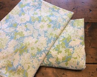 Vintage 60s/70s Twin Sheet Set - Mint Green Blue Floral (A942)