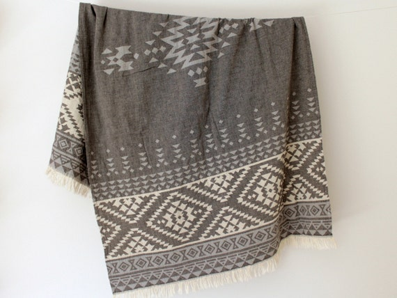 Southwestern Beach Towel Throw Blanket | Grey Bohemian Sofa Throw | Navajo Picnic Blanket | Aztec Tribal Geometric Couch Wrap | Gift Idea