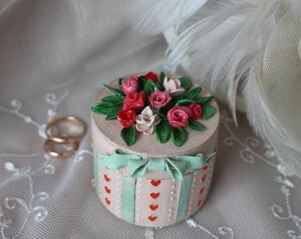 Box for ring Jewelry box Ring bearer box Keepsake box Caramel wedding Porcelain box Gift girlfriend Wooden ring box Box for wedding ring