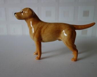 Beswick golden labrador
