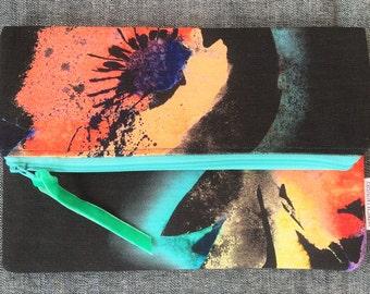 Beautiful Handmade Zipped Pouch, Amazing Print!