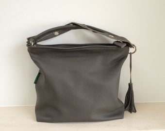 Taupe/Brown/grey leather handbag with silver accessories