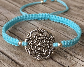 Snowflake Bracelet, Snowflake Anklet, Adjustable Cord Macrame Friendship Bracelet, Macrame Jewelry, Snowflake Jewelry, Gift For Her