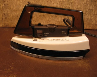 FREE SHIPPING! General Electric Vintage Travel Steam Iron. Brought to you by UsefulRetro! Made in Singapore