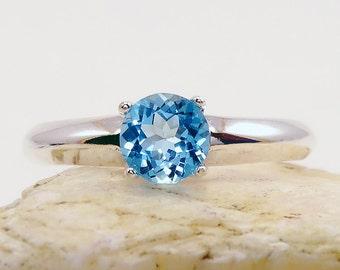 Ring topaz, swiss blue topaz ring, sterling silver topaz ring, swiss topaz ring, swiss blue, ring size 7