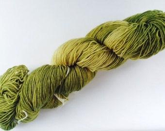 Hand-dyed Merino Wool 400 m LL / 100 G