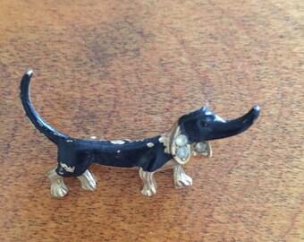 Very old Daschund pin